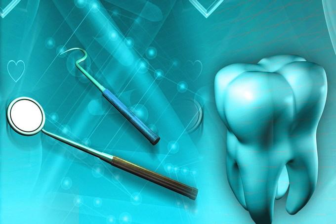 Металлические протезы при расшатанности зуба вследствие периодонтальной болезни
