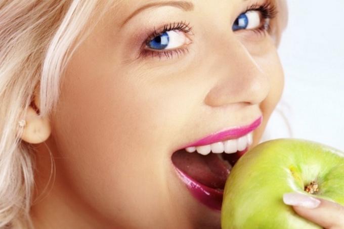 Для чего применяют имплантаты зубов